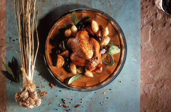 Pečena piletina s 40 režnjeva češnjaka