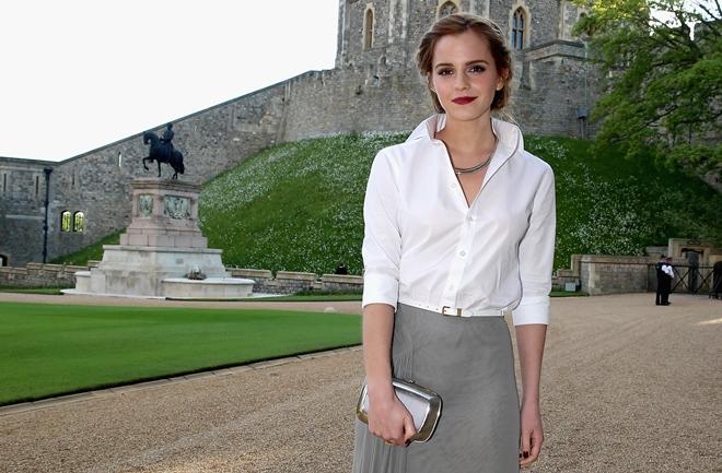 Izgled tjedna: Emma Watson u Ralph Lauren suknji i košulji