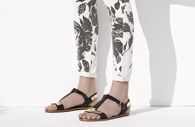 Ravne sandale u kojima ćete provesti ovo ljeto