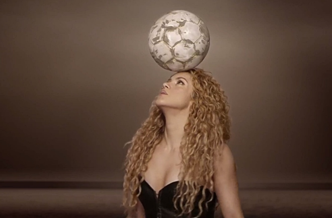 Shakira spremna za nogometno ludilo