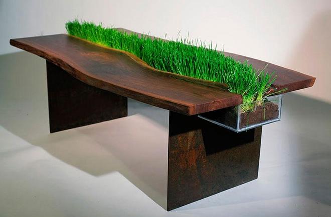 trava stol