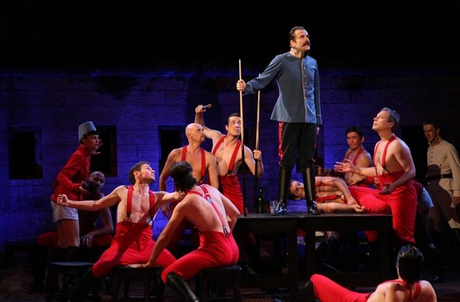 Održana premijera predstave 'Sprovod u Thereienburgu'