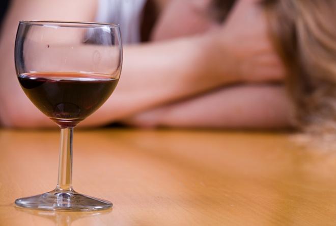 Iva Sabolek: Jedna čaša vina
