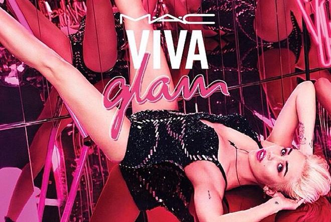 Miley Cyrus za MAC-ovu kampanju VIVAGLAM