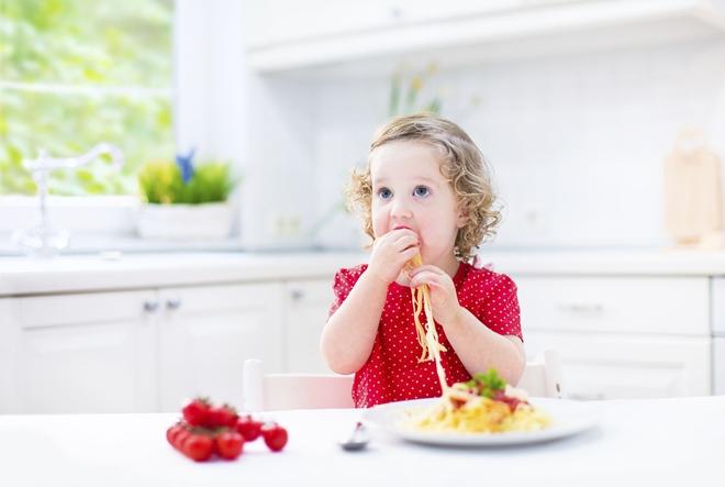 """Majka glavni """"krivac"""" za prehrambene navike djece"""