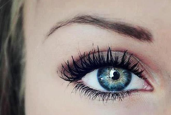 Što voli koja boja očiju?