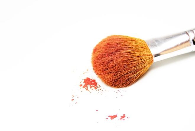 Kozmetika kojom se možete počastiti odmah