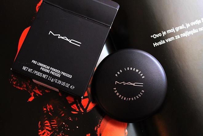 RECENZIJA by Kike (Šminkoholičarke): MAC Pro Longwear Powder/Pressed
