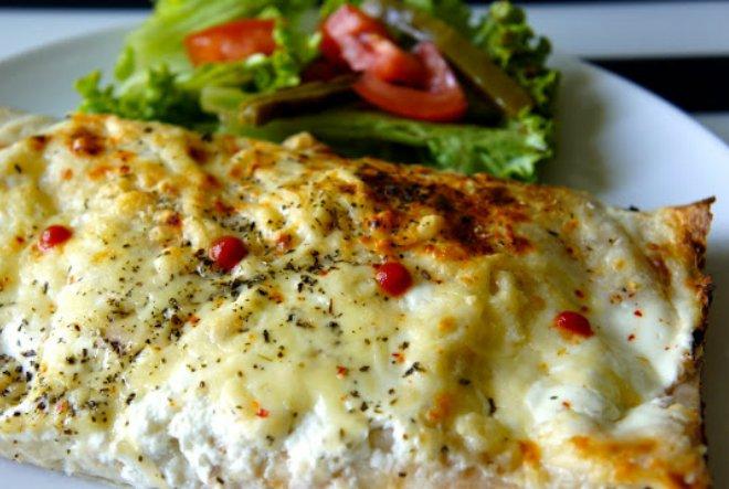 Tortilla s piletinom i kikirikijem