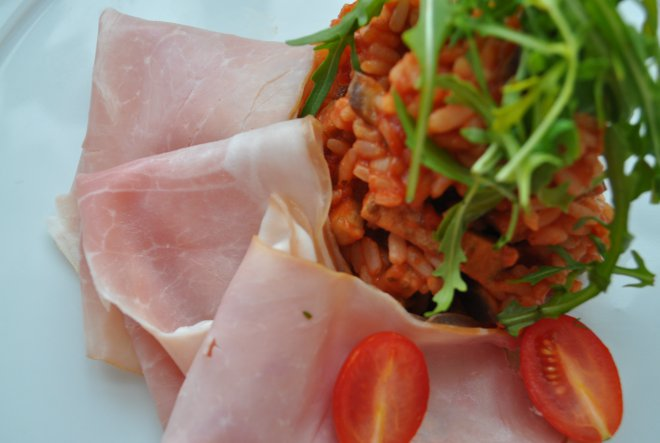 Tips&tricks: Domaća šunka s rižotom od patlidžana