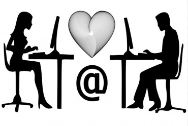 Što treba očekivati od prvog susreta s tipom kojeg si upoznala preko društvene mreže?