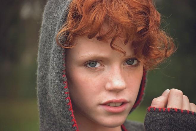djevojka, lice crvena kosa
