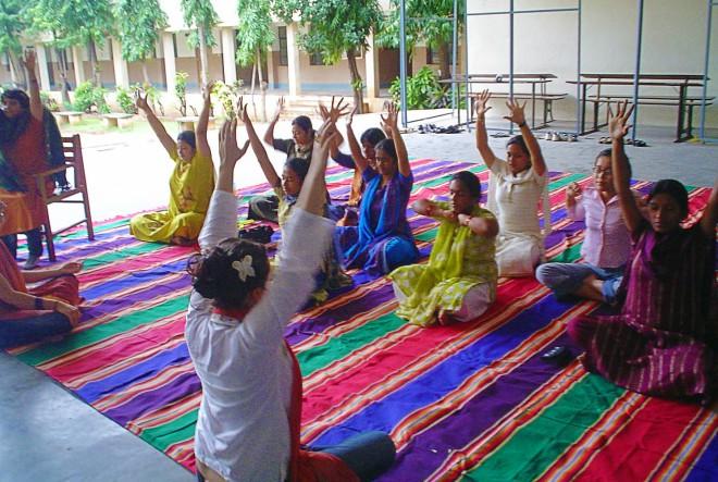 Divine Energy Park: Humanitarno edukativna turneja po školama i sirotištima u Indiji