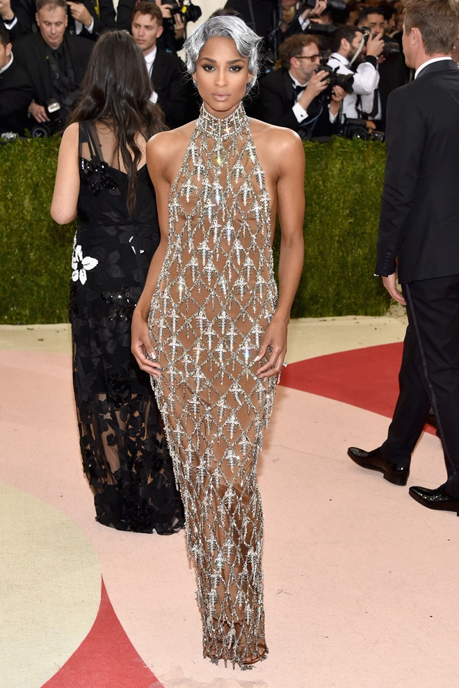 """NEW YORK, NY - MAY 02: Ciara attends the """"Manus x Machina: Fashion In An Age Of Technology"""" Costume Institute Gala at Metropolitan Museum of Art on May 2, 2016 in New York City.  (Photo by John Shearer/Getty Images)"""