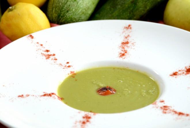 Krem juha od graška i mente