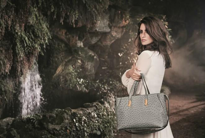Iz Carspise stižu ruksaci i torbe s dva lica