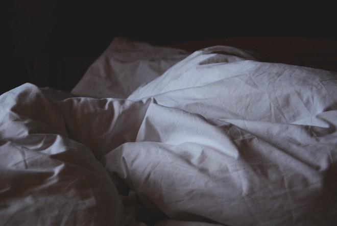 Kad san ne dolazi na oči…