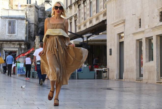 Modni začin na hrvatski način: U zlatno smeđim tonovima…