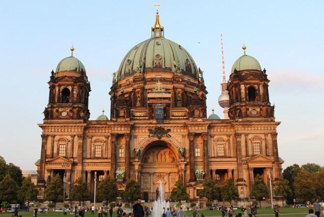 U Berlin s Atlasom: Od svega pomalo…