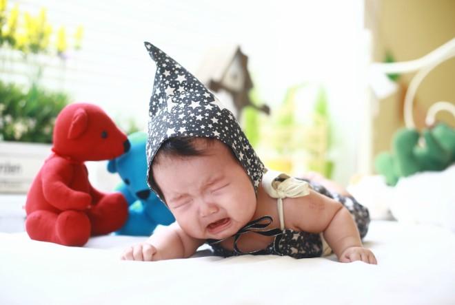 """Metoda """"neka se isplače"""" loša za bebe!"""