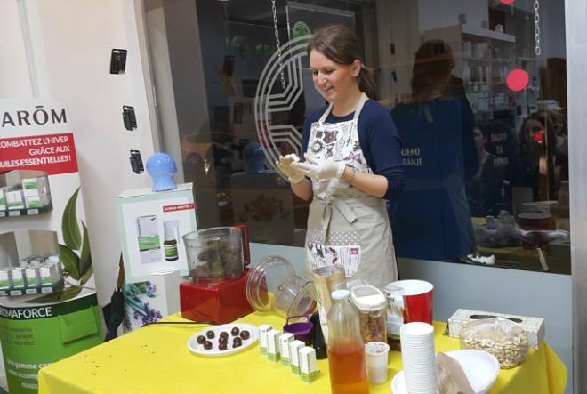 Aromatična eterična ulja kao dobrodošli gastronomski dodatak sirovim slasticama