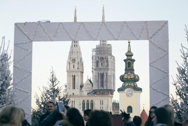 Subotnja špica na Adventu u Klovićevim i besplatni koncerti