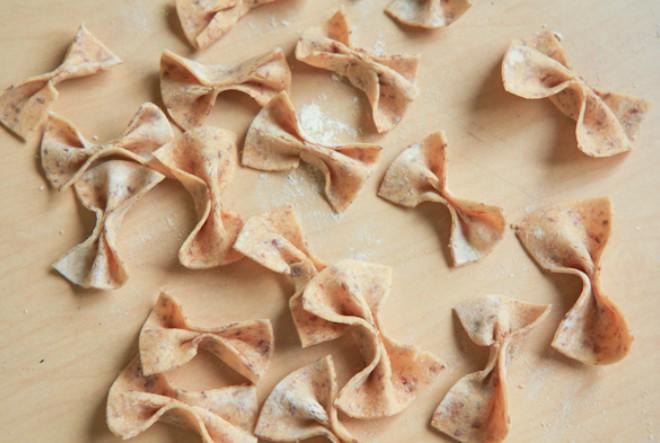 Najjednostavnija-bezglutenska-homemade-tjestenina