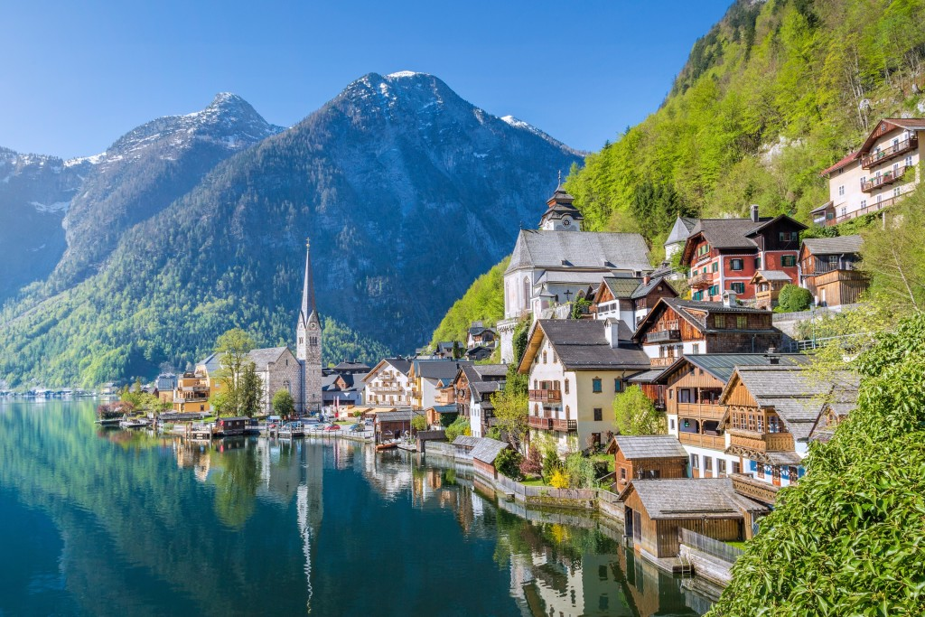 Classic view over Hallstatt in the morning in summer, Salzkammergut,