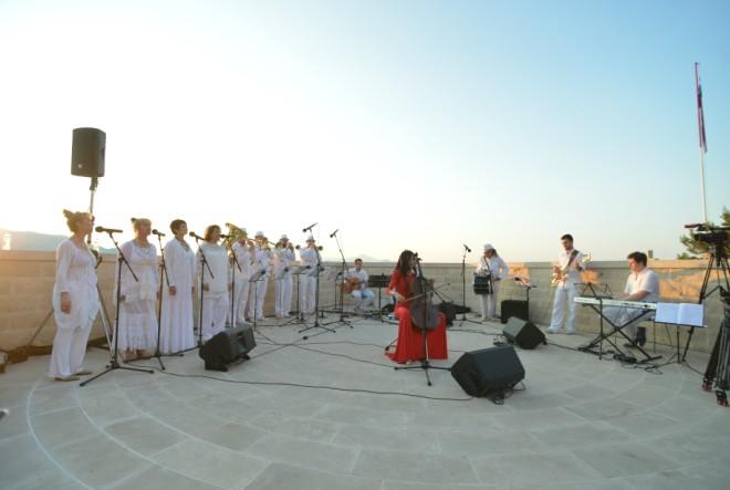500 posjetitelja pozdravilo prvi dan ljeta