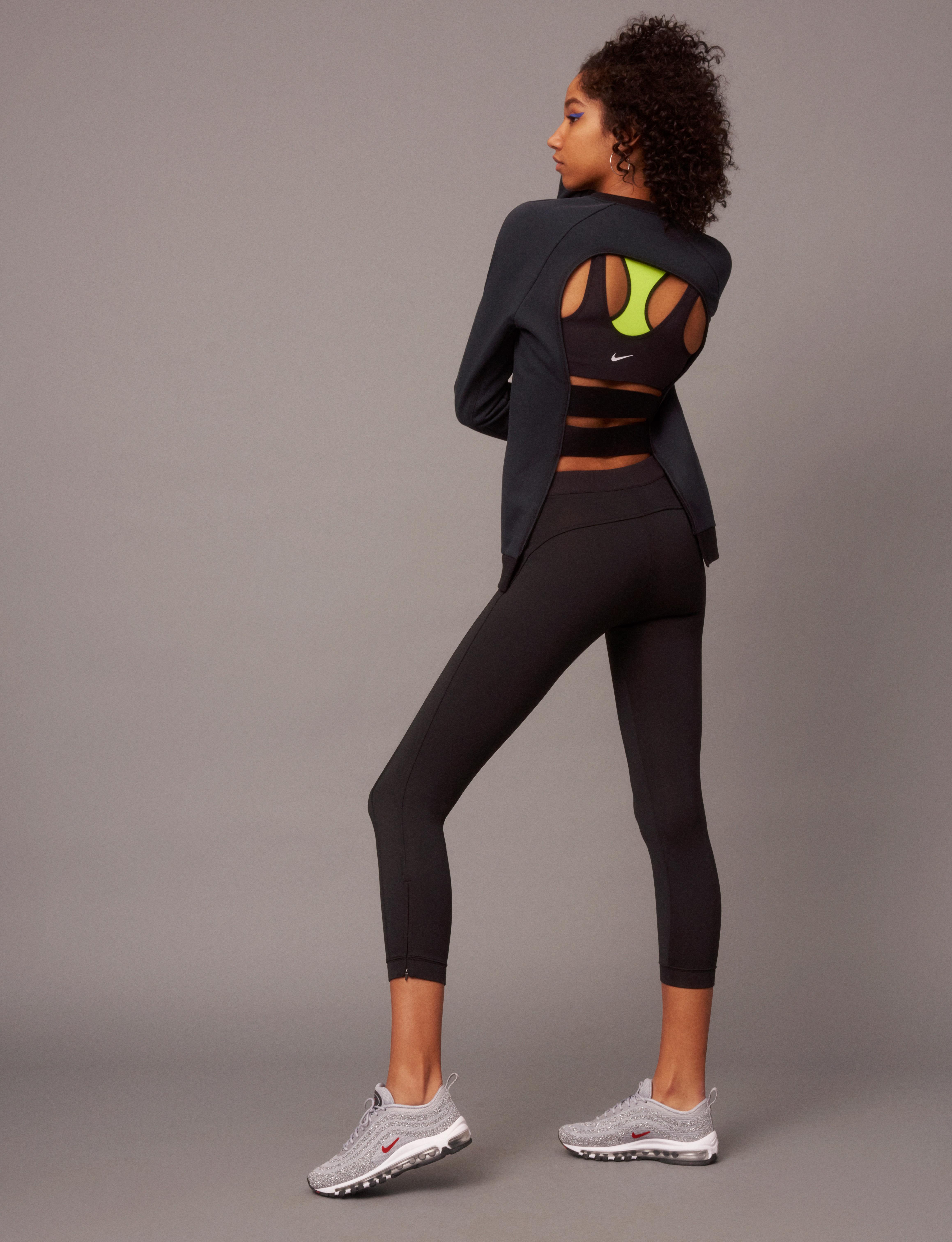 NikeWomen FA 17 Collection Look 16