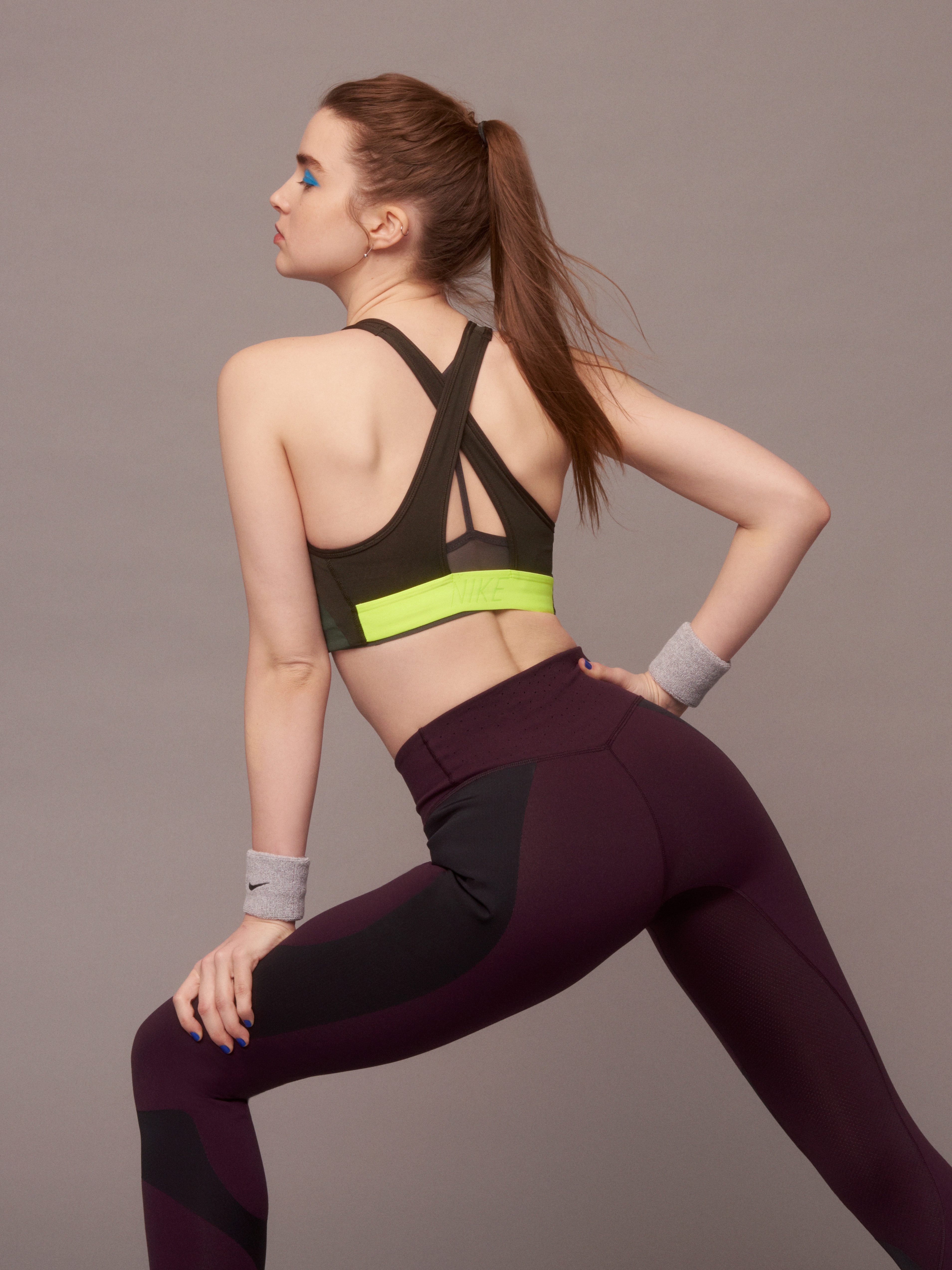 NikeWomen FA 17 Collection Look 19 back