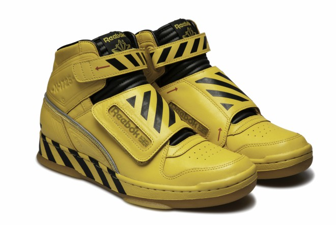 REEBOK_ALIEN_STOMPER2_SIDE-2
