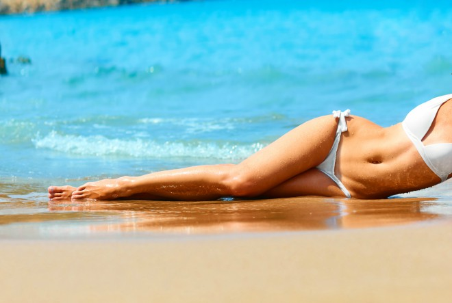 5 do 12 za ravan trbuh na plaži