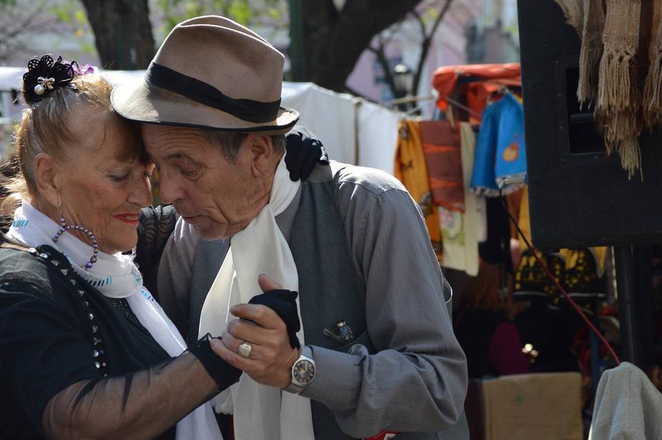 tango-935221_960_720