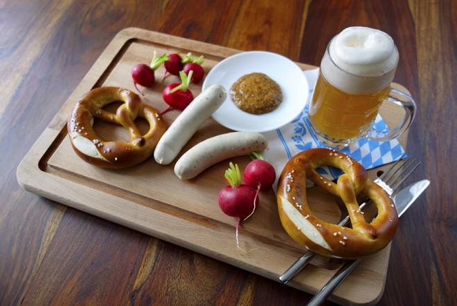 Englezi, Francuzi i Nijemci su najveći ljubitelji hrane među putnicima