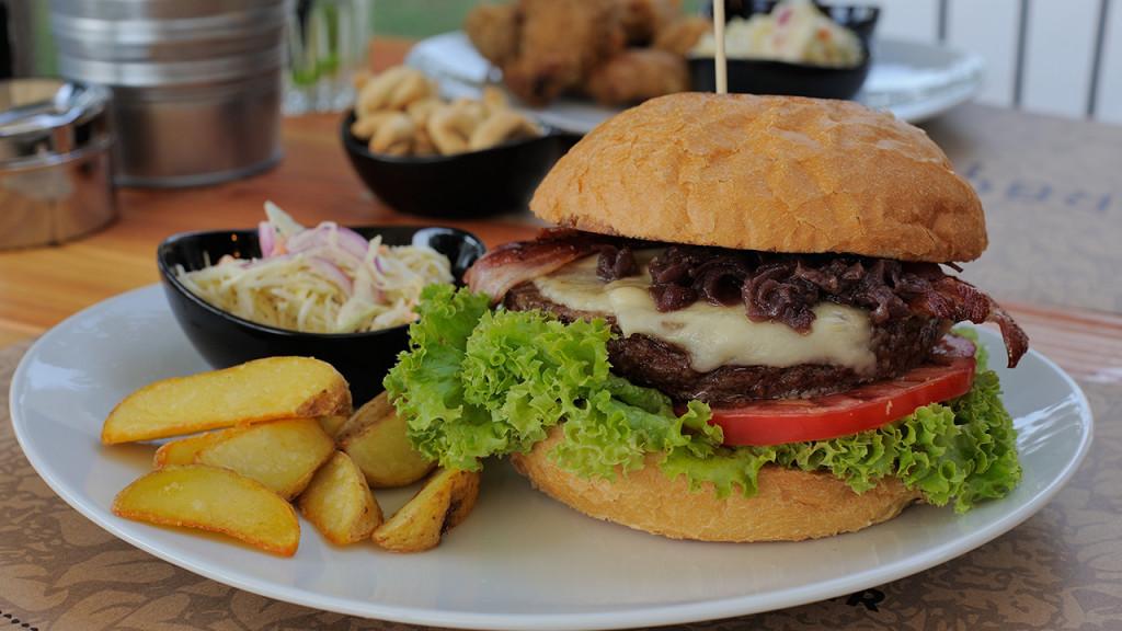 arboretum-pub-burger1