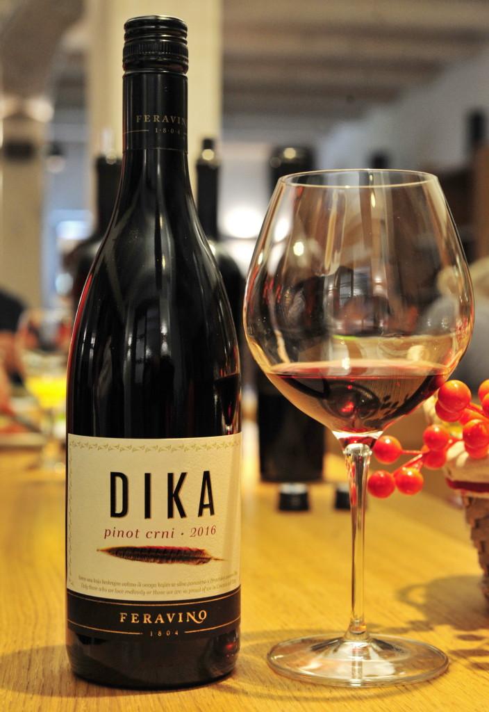 Pinot crni Dika