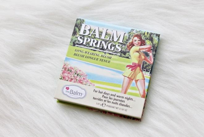 RECENZIJA by Kike (Šminkoholičarke): theBalm Balm Springs rumenilo