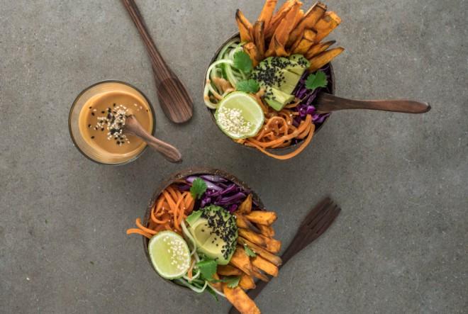 Savršeno jednostavne – proljetne detoks salate