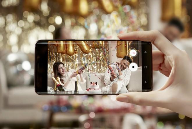 Pristojni vodič za korištenje pametnih telefona tijekom vjenčanja