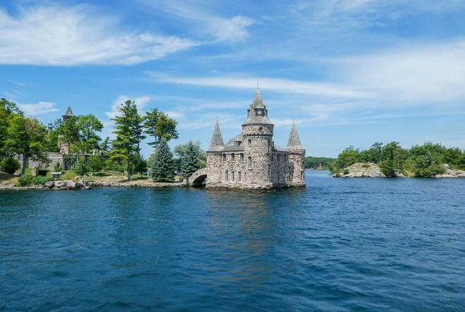 Dvorci sagrađeni zbog ljubavi