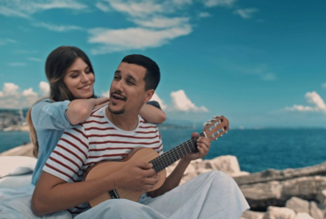 """Novi spot Marka Tolje za pjesmu """"Zaplesale su sjene"""""""