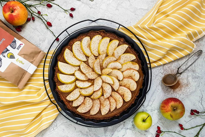 Veganski tart od jabuka