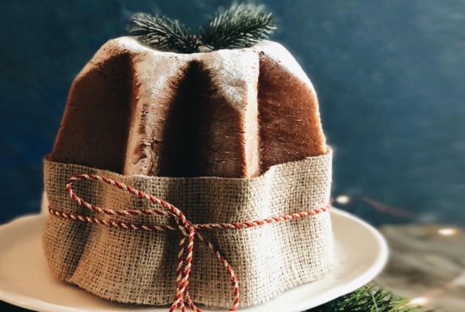 Pandoro ili zlatni božićni kruh