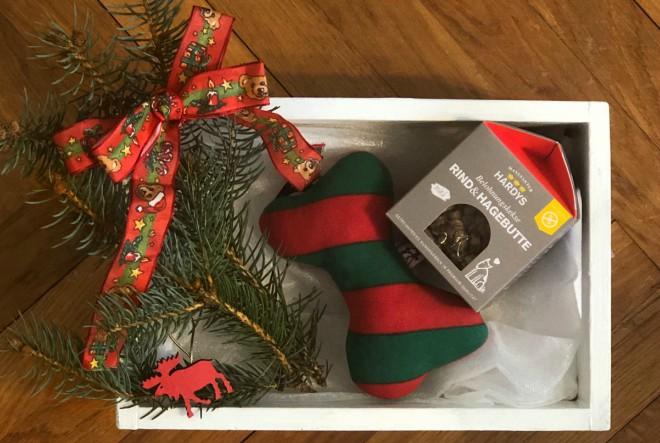 Slatki božićni pokloni za psiće