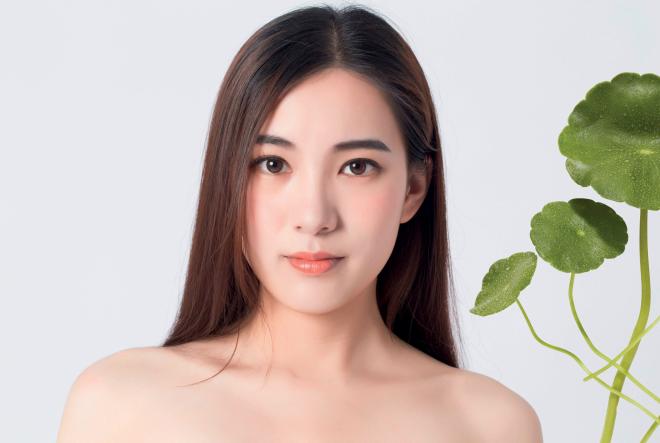 Avon lansira ekskluzivnu  K-Beauty kolekciju za njegu kože