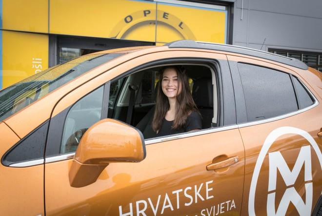 Miss Hrvatske u zadnji tren uskočila u auto