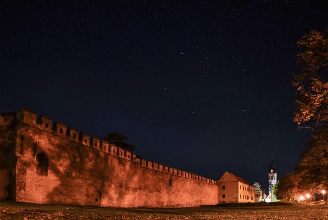 Priča o jednom umjetniku, dva dvorca i dvije utvrde
