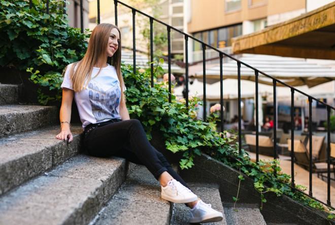 Shirts from Backpack – ljubav prema putovanjima utkana u trendi majicu