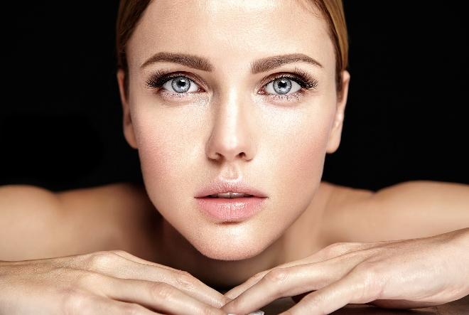 Uživajte u blistavoj koži uz NIVEA Cellular LUMINOS630® liniju proizvoda protiv pigmentacijskih mrlja